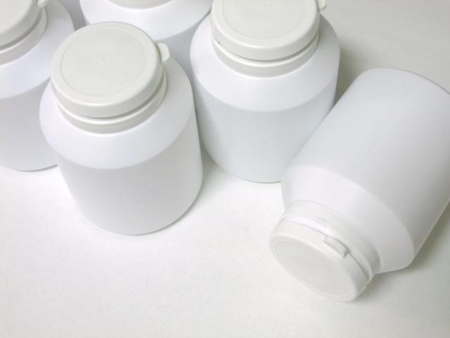 サプリメントの容器